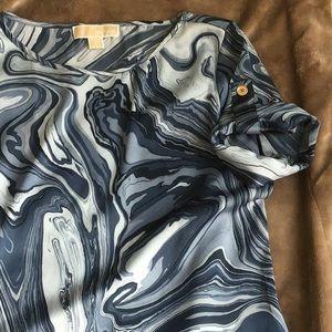 Michael Kors blue swirled s/s top